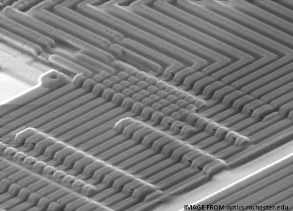Electron microscope scan of aluminum traces on silicon